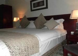 the_manor_hotel-1