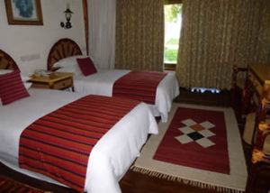 mweya-safari-lodge-2